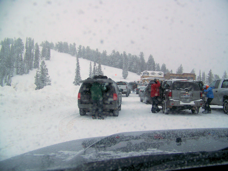 Powder Mountain - Still snowing, but weather on the improve